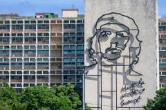 Bronze Che at Revolution Park